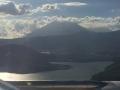 Vor der Landung: Über dem Amatitlansee