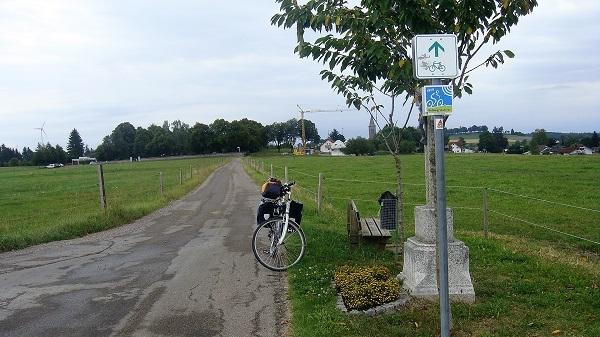 Auf dem Radweg oberhalb Bonndorf