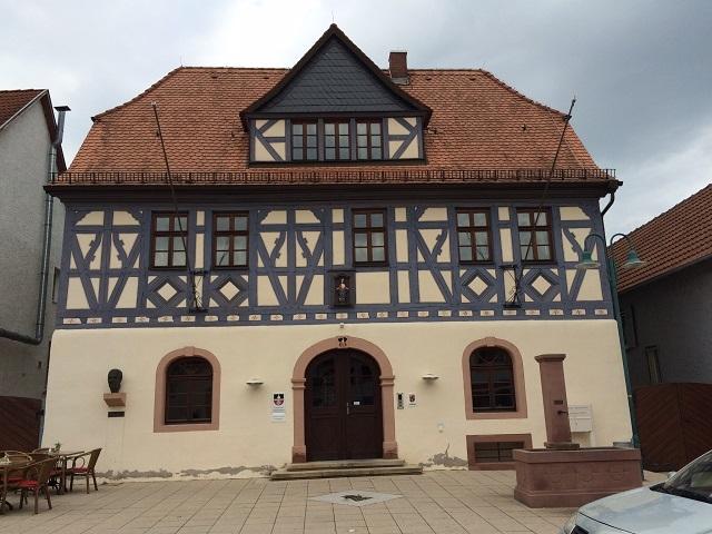 05RathausNackenheim