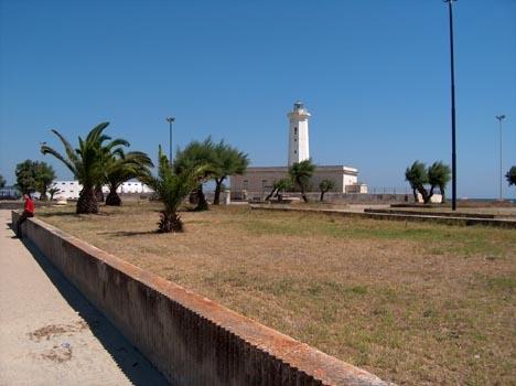 Der Leuchtturm von San Cataldo