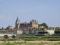 Schloss Gien am gegenüberliegenden Loireufer