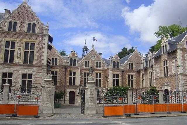 Hôtel de Ville in Orléans
