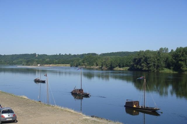Traditionelle Schiffe auf der Loire