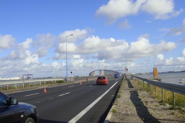Auffahrt zum Pont de St-Nazaire